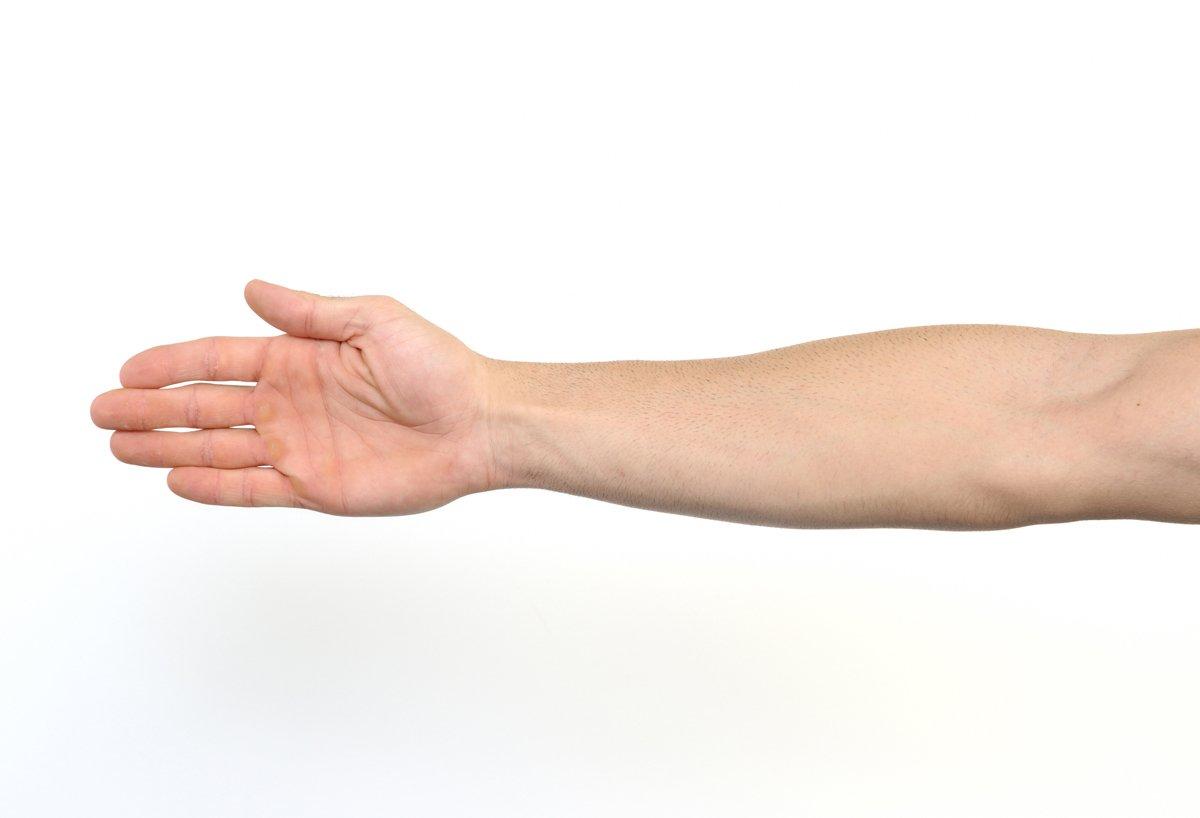 картинки про правую руку стилисты-парикмахеры предлагают различные